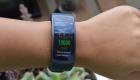 Вид Samsung Gear Fit 2 Pro на руках