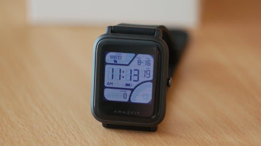 Обзор Xiaomi Amazfit Bip - бюджетные смарт-часы для тренировок