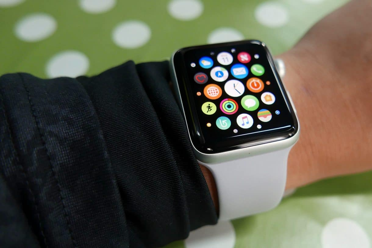 Внешний вид часов на руке