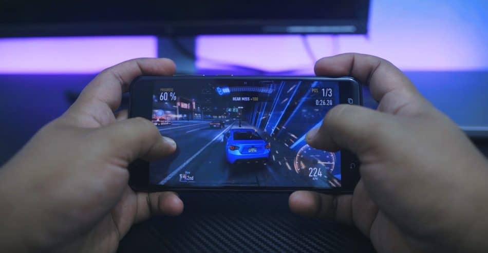 Игровой процесс на ASUS Zenfon 3 Zoom