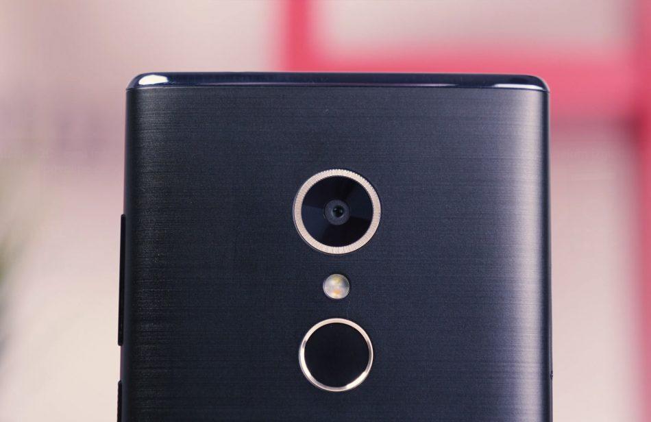 Камера смартфона Alcatel 5 5086