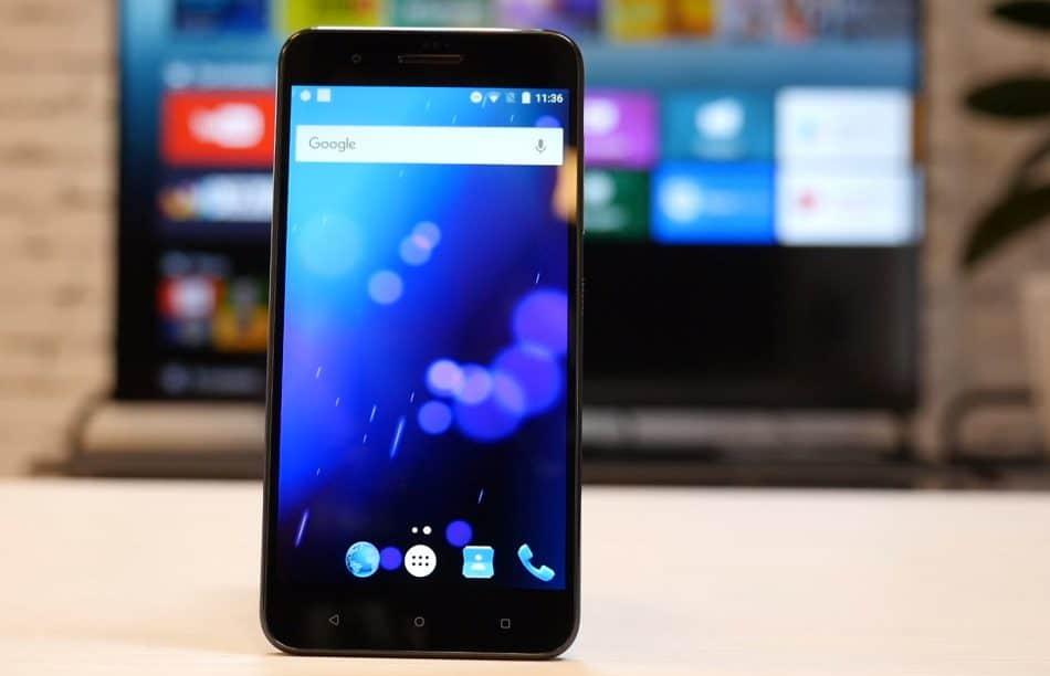 Дизайн HTC One X10