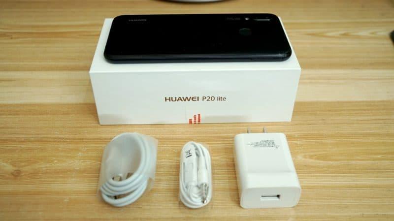 Комплектация Huawei P20 Lite