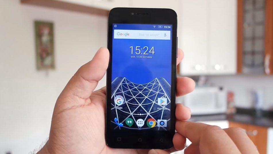 Внешний вид смартфона Lenovo Vibe B