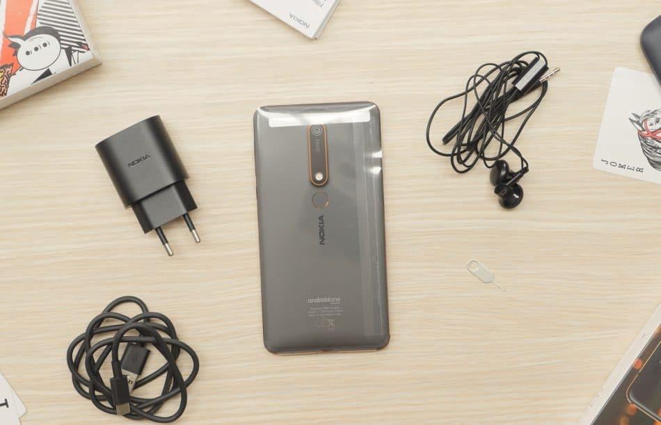 Комплектация смартфона Nokia 6.1