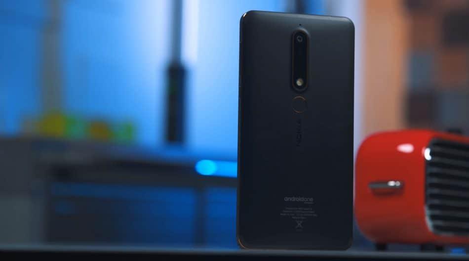 Задняя крышка у Nokia 6.1