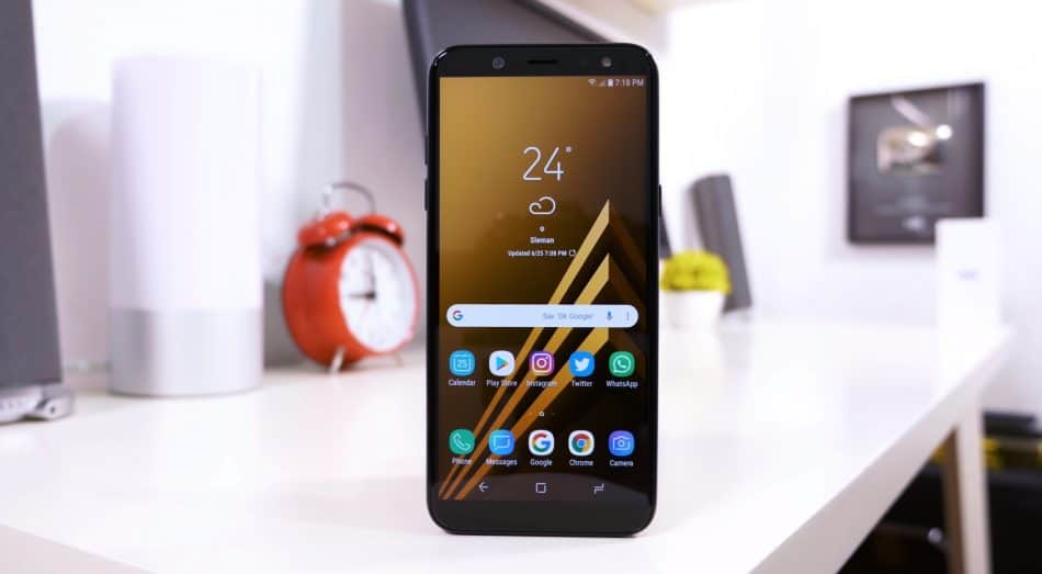Дизайн смартфона Samsung Galaxy A6