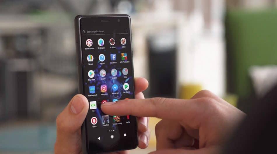 Экран Sony Xperia XZ2 Compact