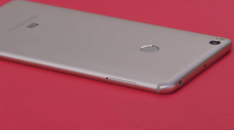 Дизайн задней крышки Xiaomi Mi Max 2