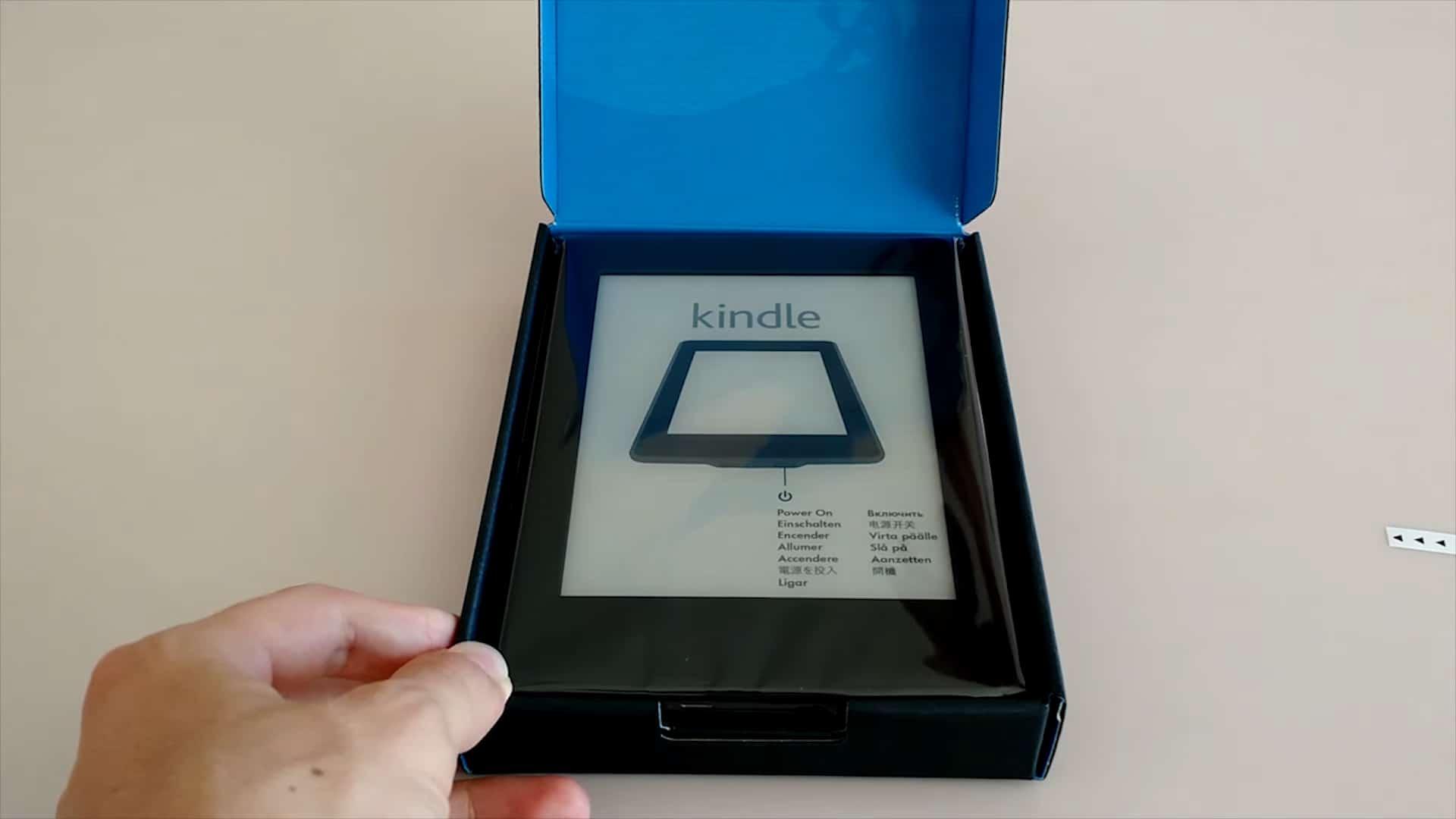Amazon Kindle Paperwhite в упаковке