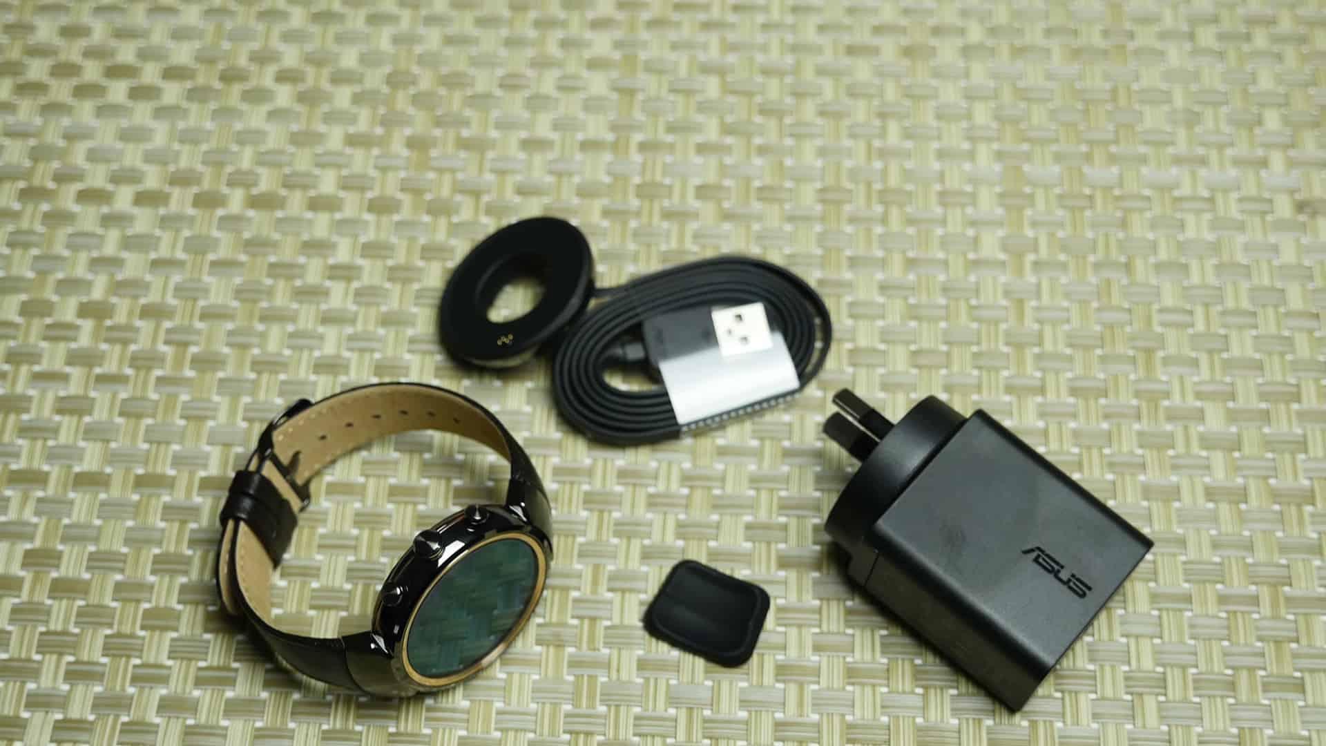 Комплектация Asus ZenWatch 3