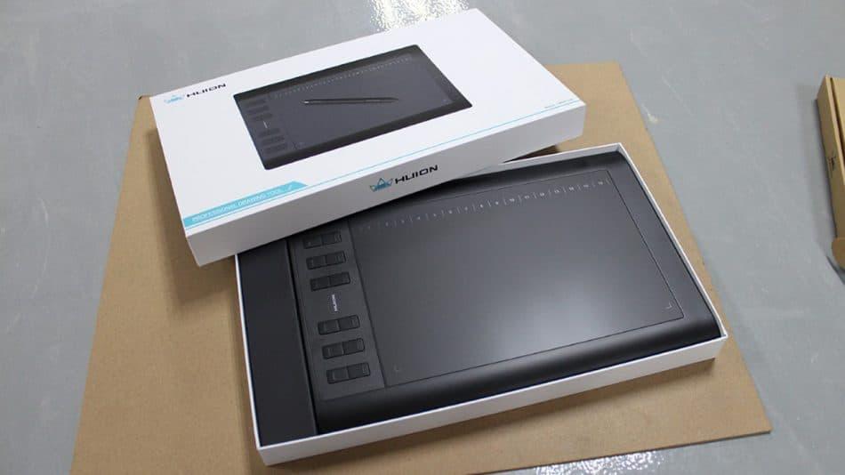 Коробка планшета Huion 1060 Plus
