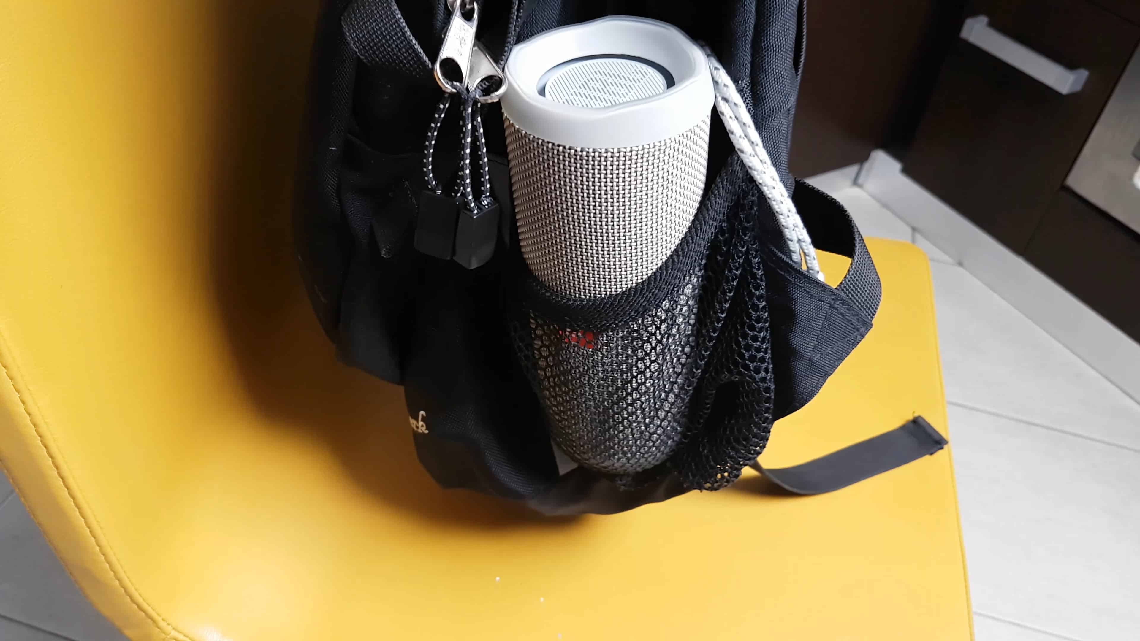 Удобно переносить в рюкзаке