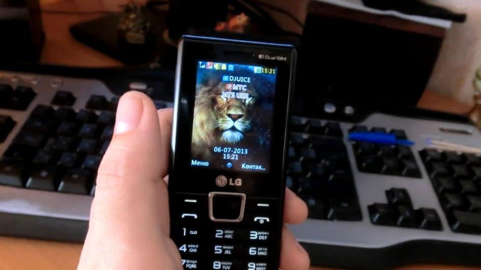 Дисплей телефона