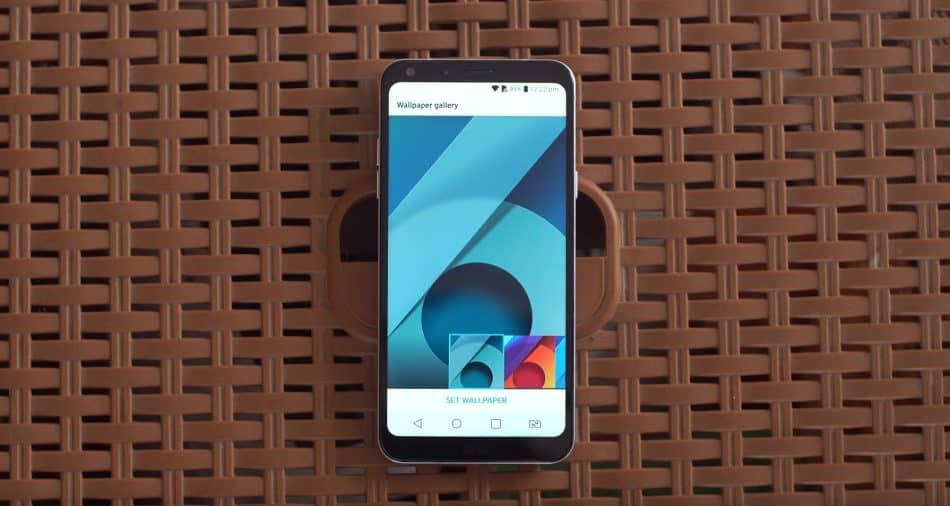 Дизайн LG Q6a