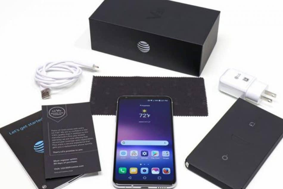 Комплектация смартфона LG V30