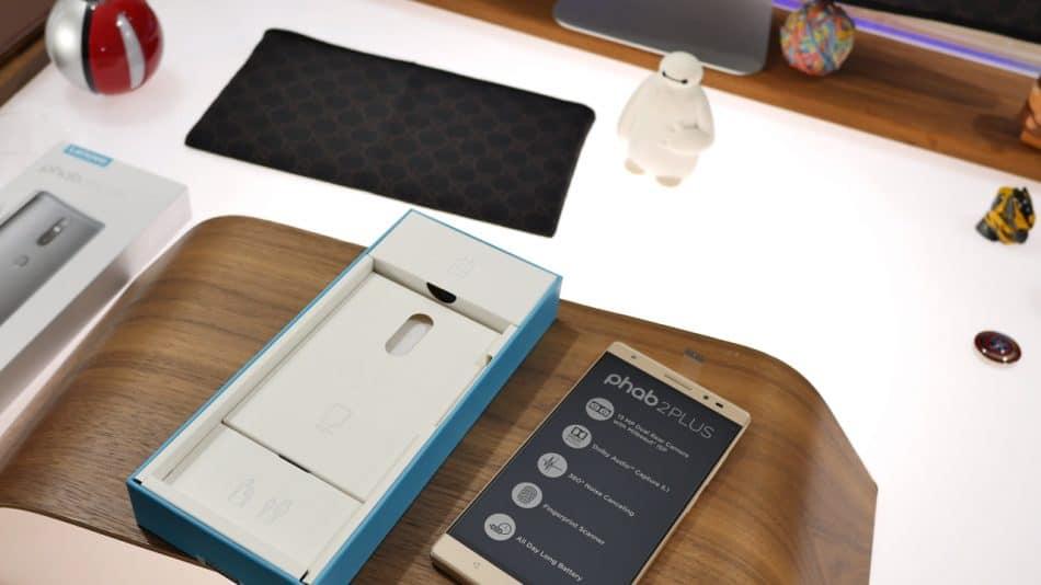 Копмлектация планшета Lenovo Phab Plus