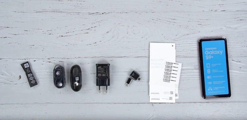Комплектация Samsung Galaxy S9+