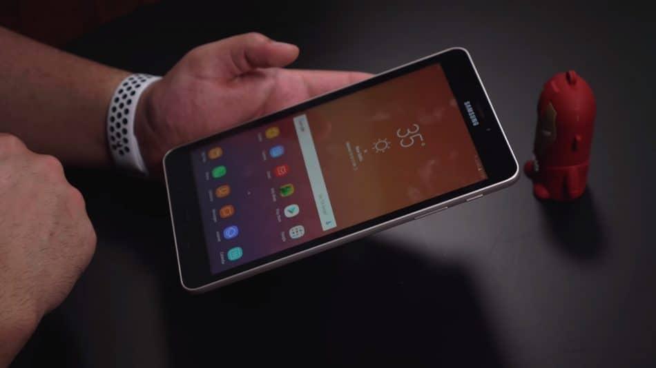 Дизайн планшета Samsung Galaxy Tab A 8.0