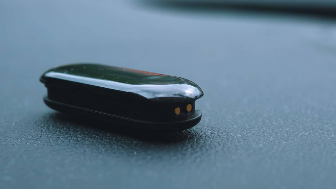 Xiaomi Mi Band 3 без ремешка