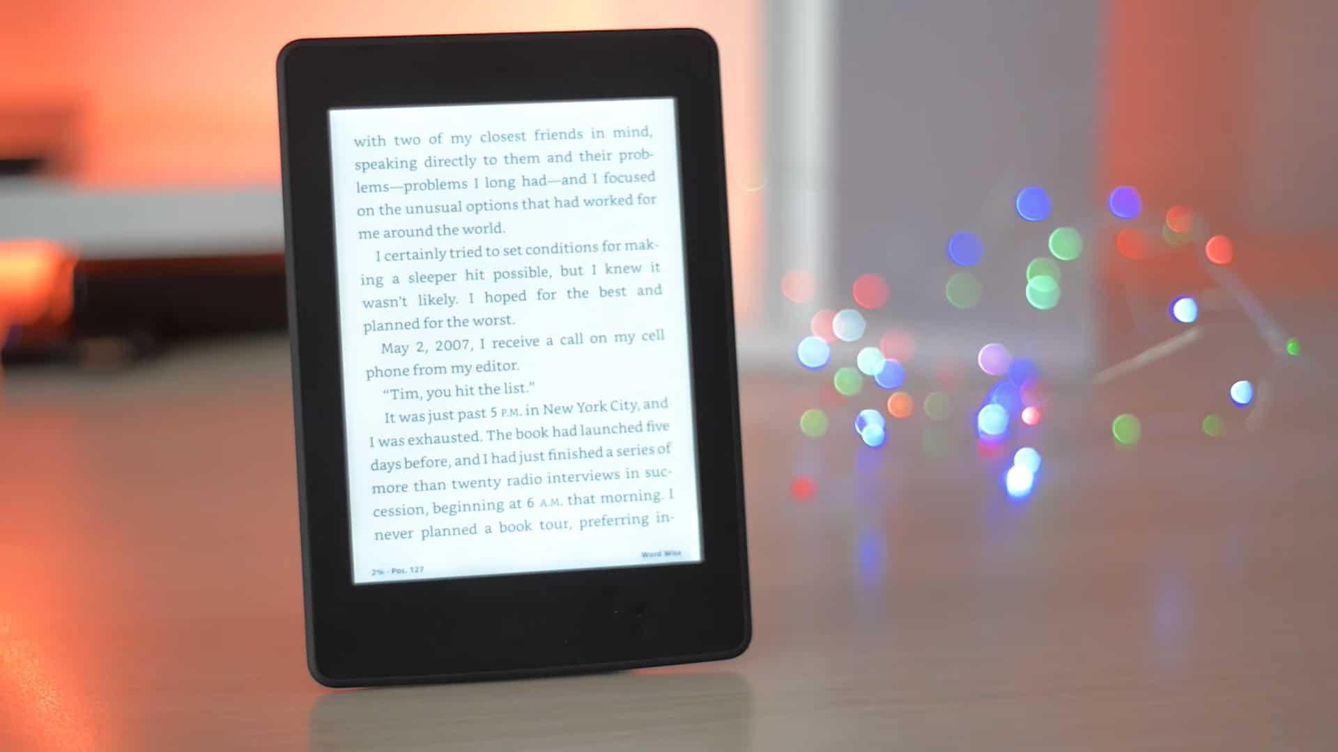 Внешний вид в чёрном корпусе Amazon Kindle 8