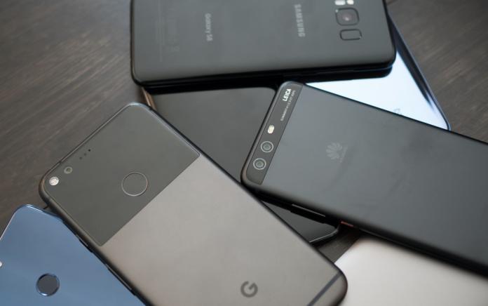 ТОП лучших смартфонов до 10 000 рублей