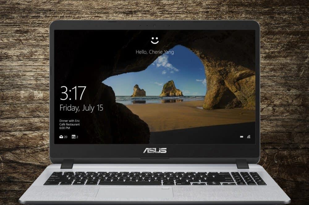 Экран у ASUS-X507UB