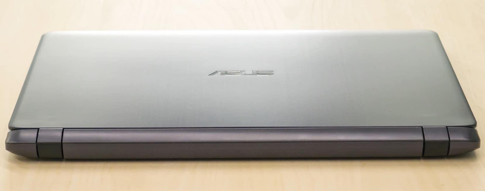 Дизайн ASUS X507UB