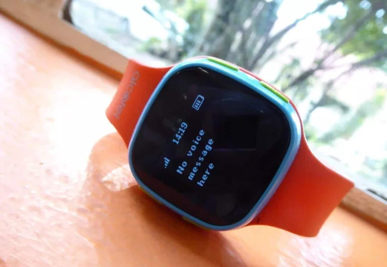 Экран Alcatel Movetime