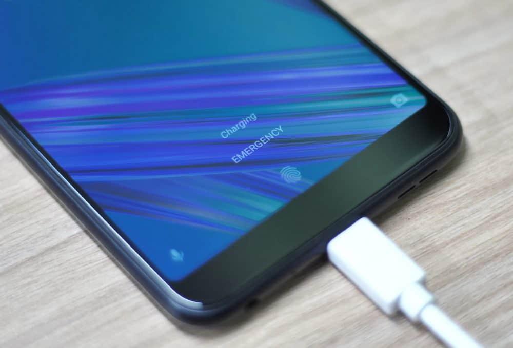 Зарядка смартфона Asus Zenfone MAX Pro