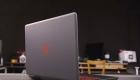 Ноутбук вид сзади
