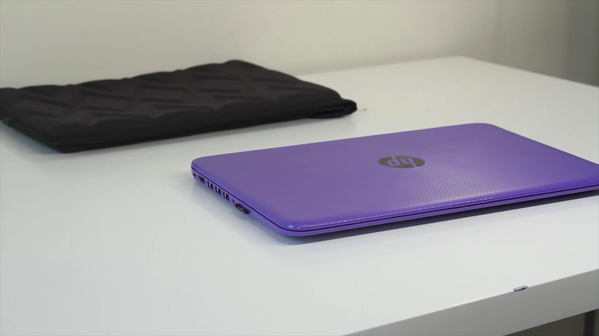Дизайн ноутбука в фиолетовом цвете