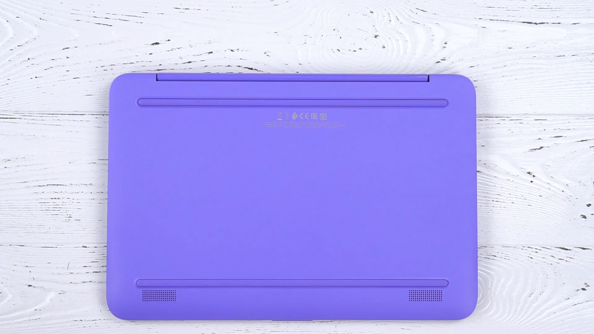 Нижняя панель ноутбука