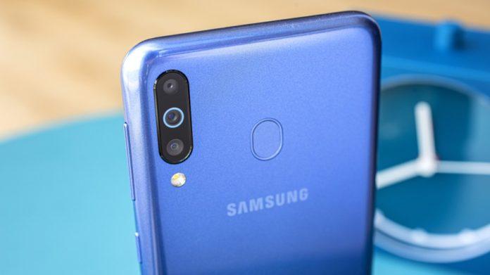 Смартфон от компании Samsung