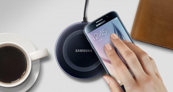 беспроводное зарядное устройство от Samsung