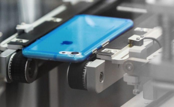 Производство смартфонов Apple